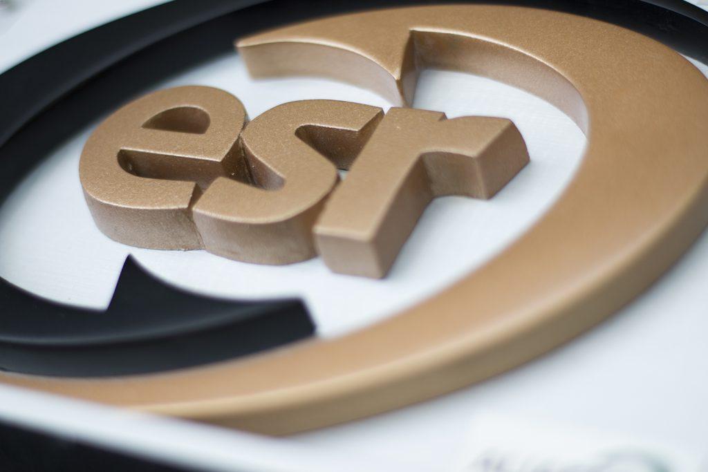 Como obtener el Distintivo ESR